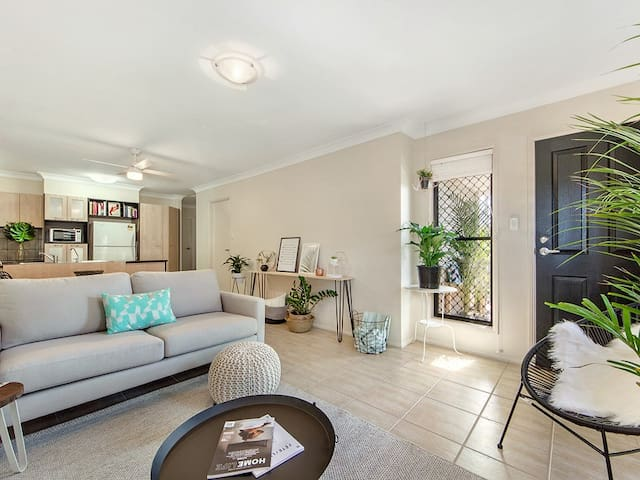 Close to Airport and CBD - Clayfield - Lägenhet