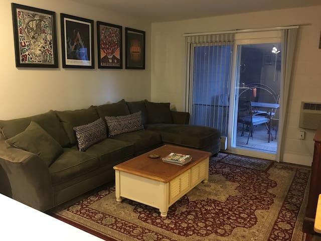 Cozy Downtown Boulder Apartment - Boulder