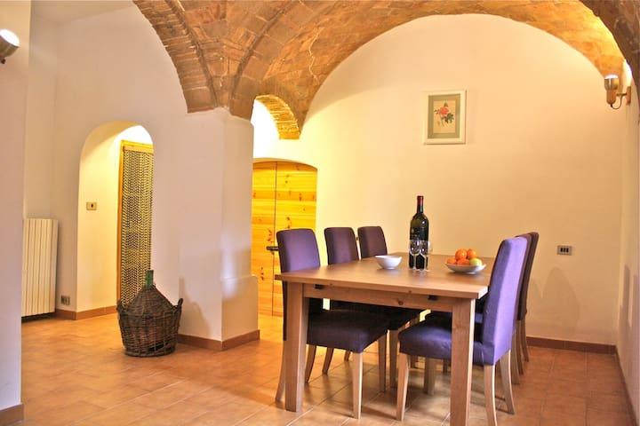 Typical Italian Village Home - Corfinio