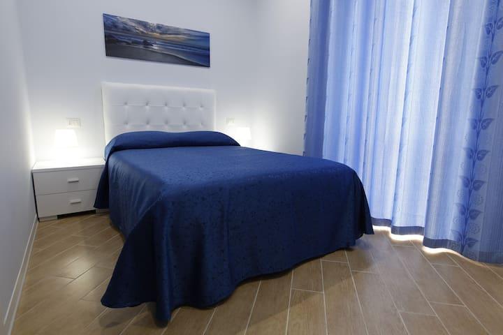 Residenza Duomo -Letto 1 piazza 1/2 - Avezzano - Bed & Breakfast