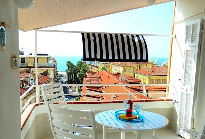 lovely attic with panoramic terrace - Sanremo