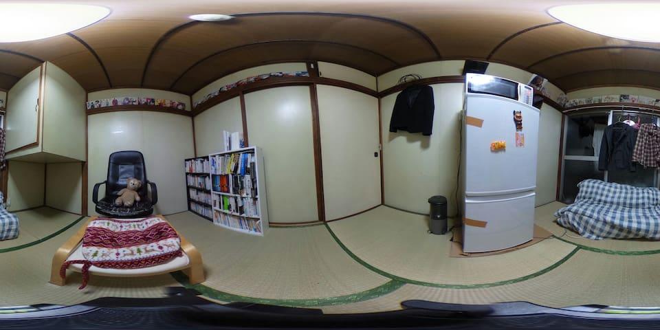 歴史ある学生街で早大生の生活を体験 - Shinjuku - Oda + Kahvaltı