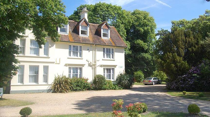 Kemps Country House - Wareham