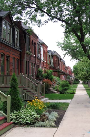 Historic Rowhouse - Parking/Quick Train to Loop - Chicago - Casa