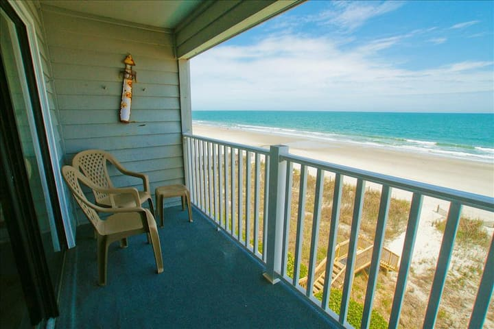 """""""Everything was as described and was what we needed for a quick holiday trip."""" - Surfside Beach - Villa"""