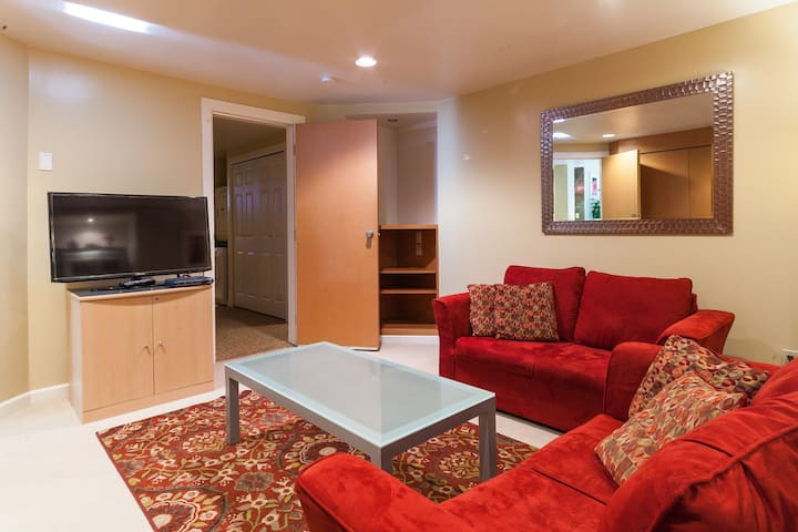 Your Home Away From Home - Port Moody