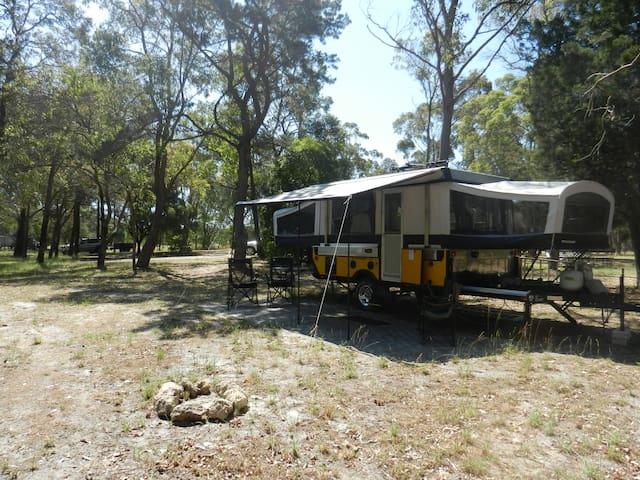 Luxury Camp Trailer-StunningAcreage - Furnissdale