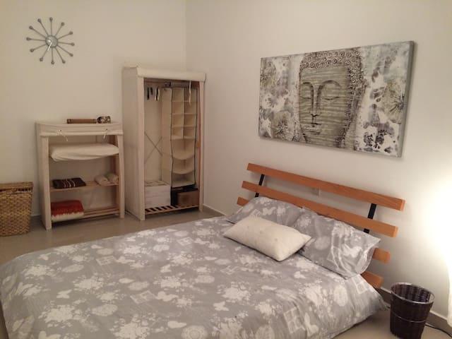 Double bedroom, Mosta, the heart of Malta - Il-Mosta - Apartemen