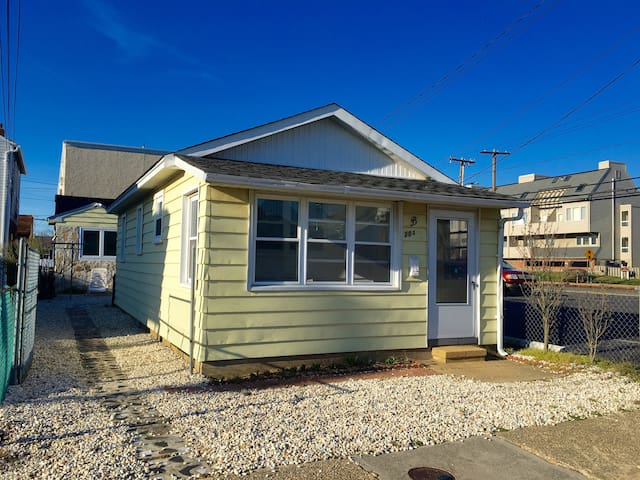 Charming Renovated Beach Cottage - Seaside Heights - Hus