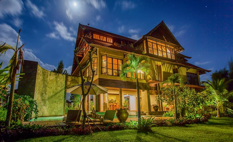 Monkey Forest Deluxe Suite 2 - Ubud