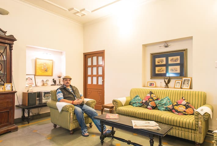 Riddhi Siddhi Bhawan, Non AC Room - Jodhpur - Aamiaismajoitus