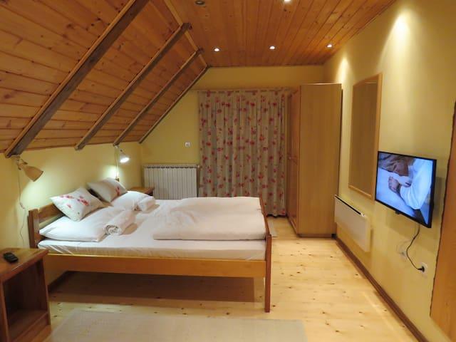 Stefanac room 1 - Otočac - Hus