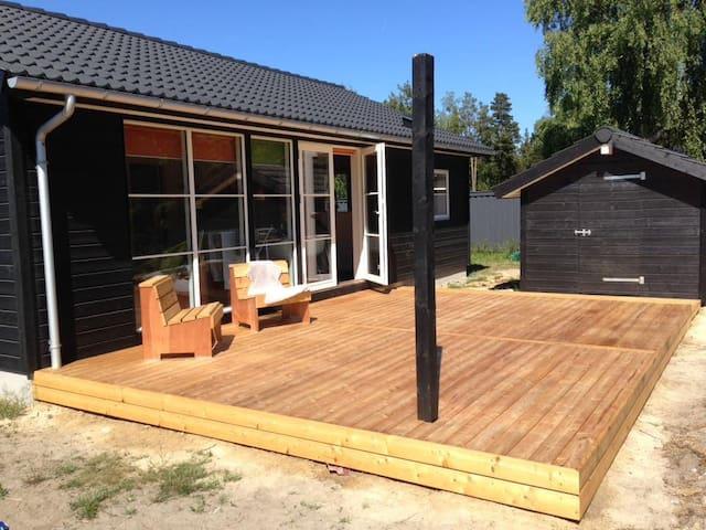 Nybygget sommerhus i Marielyst på Lolland Falster - Væggerløse - Kulübe