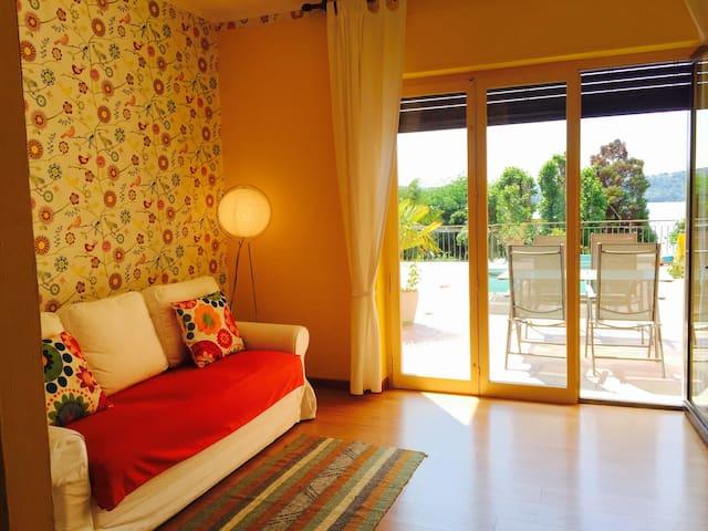 Appartamento con terrazzo vista lago - Viverone - Daire