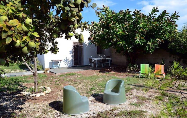 Home&garden, Wifi, beach, kitesurf, Lecce 15'bycar - Torre Rinalda - Rumah