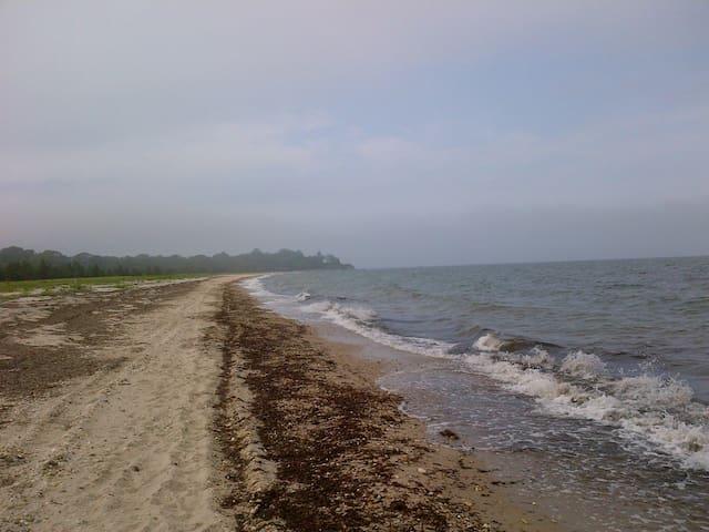 Tasteful, Relaxing Getaway - Shelter Island Heights - Casa