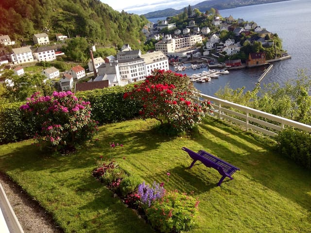 Salhus - outstanding panoramic view - Bergen - Byt