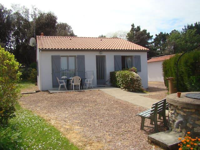Maison indépendante avec jardin - Longeville-sur-Mer
