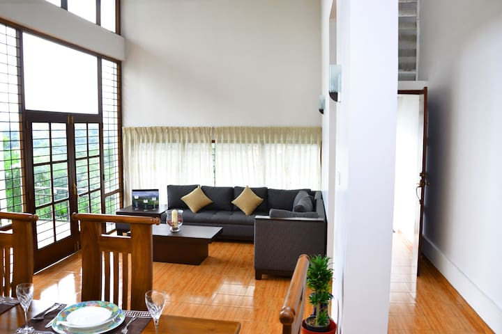 The Palisades - Privacy & Convinience with a VIEW - Kandy - Villa