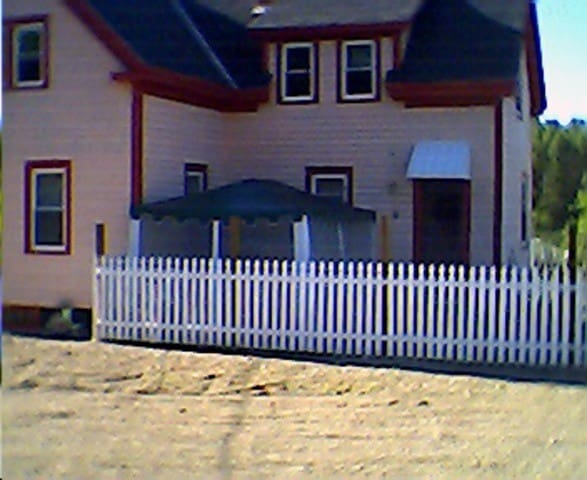 DOLL HOUSE - Eastport - Rumah
