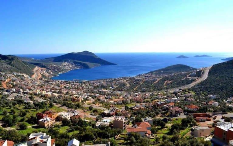 Kiralık Mükemmel Şehir ve Deniz Manzaralı Villa - Alanya - Villa