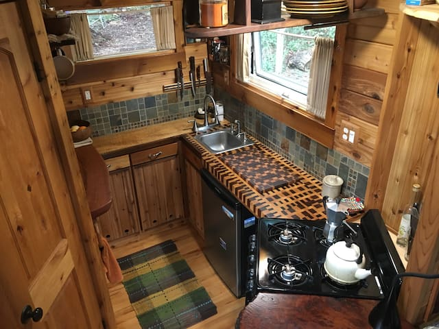 Unique Craftsmen Tiny House - Marrowstone - Другое