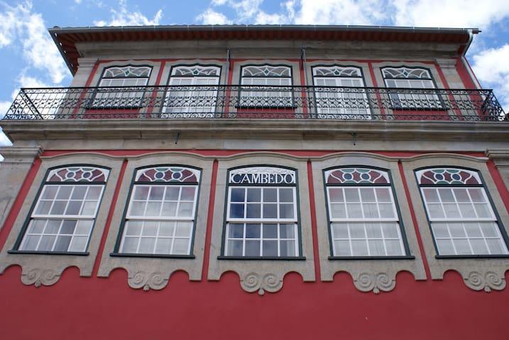 Quarto do Rio-Casa da Ponte(suite) - Chaves - Departamento