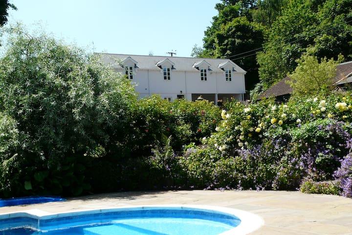 The Buckstone House Coach House - Staunton - Hus