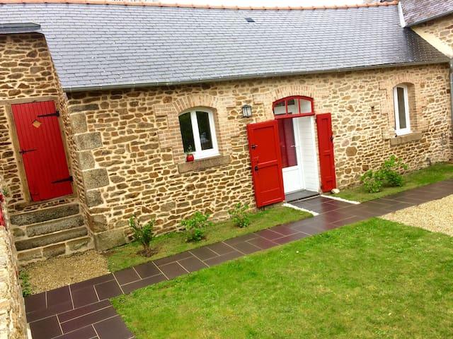 Chambre au style cosy et campagnard - Le Fœil - Huis