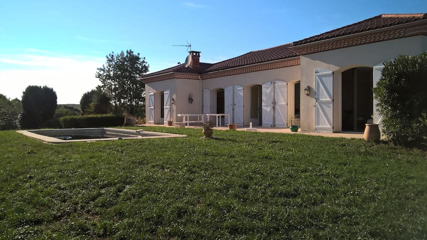 Maison familiale au calme et grand air - Antin - Cabaña en la naturaleza