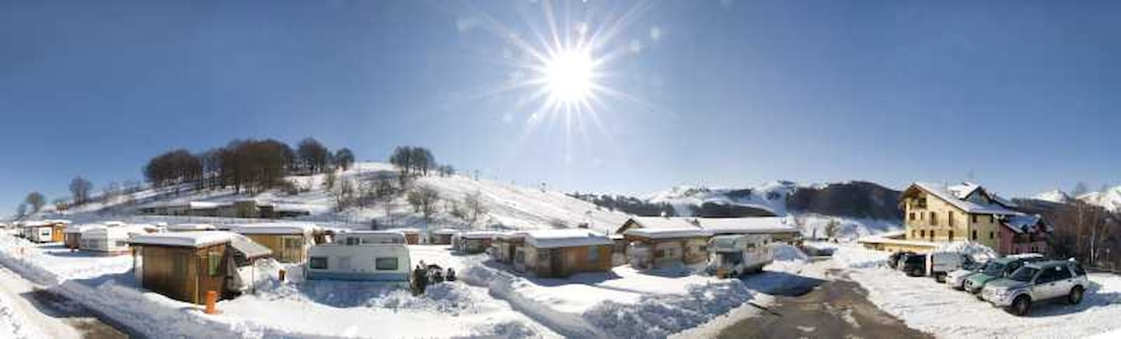 Piazzola in camping per camper e roulotte - Brentonico - Otros