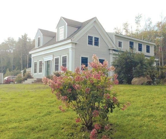 Renovated, Sunny 1850's Island Farm - Chebeague Island