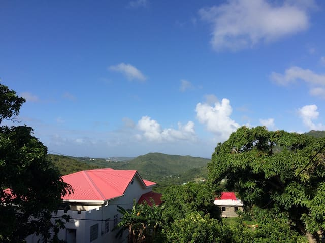 Cozy Creole-styled Home - Gros Islet - Hus