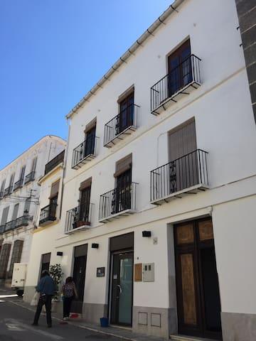Acogedor Apto en Casa palaciega - Coín - Daire