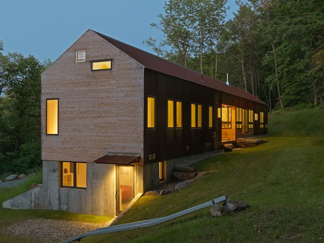 New Modern Apartment - Woodstock Village on Mt Peg - Woodstock - Apartmen