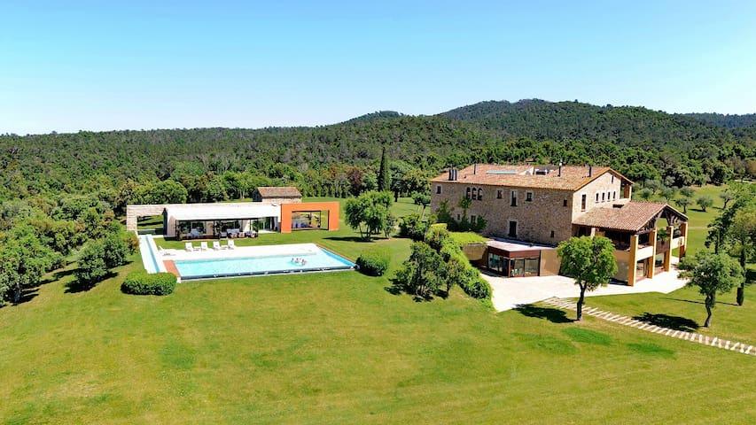 Mas Mateu, best villa in Spain - Sant Climent de Peralta - Hus
