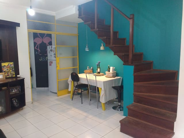 Double room in Pampulha with private balcony - Belo Horizonte