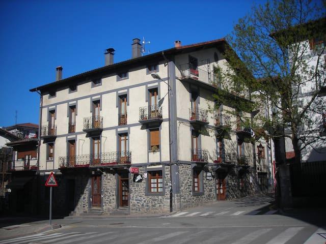 Casa acojedora en Leitza cerca Donostia y Pamplona - Leitza - Apartamento