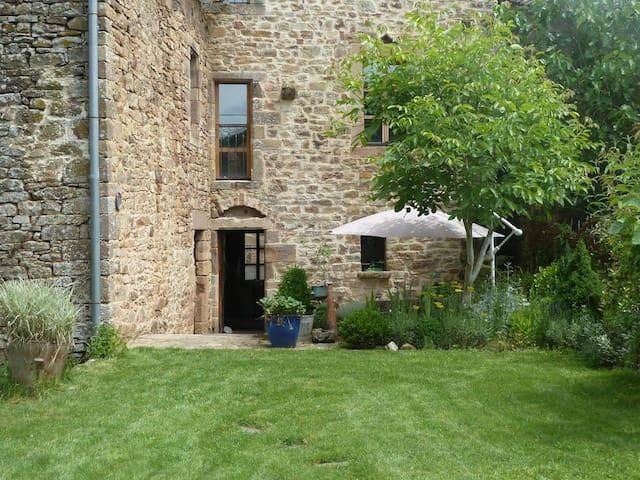 Beautiful medieval village house. - Monestiés - Maison