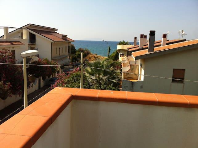 A 50 metri dalla spiaggia - Marchesana - Leilighet