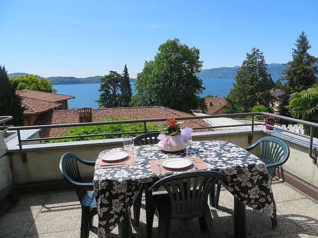 Bellissima Casa vacanze vista lago - Ghiffa - Apartemen