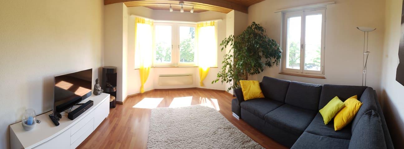 Helle freundliche 3.5 Zi-Wohnung in Wettingen - Wettingen - Lägenhet
