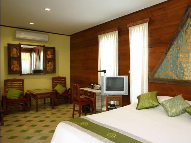 Lanna Room for 2 In Chiang Mai! - Chang Phueak - Villa