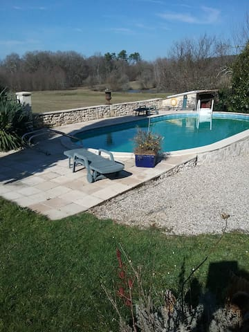 House - 130 km from the beach - La Force