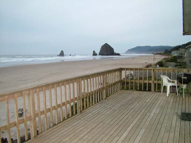Oceanfront home in Cannon Beach - Isabel House - Cannon Beach - Maison