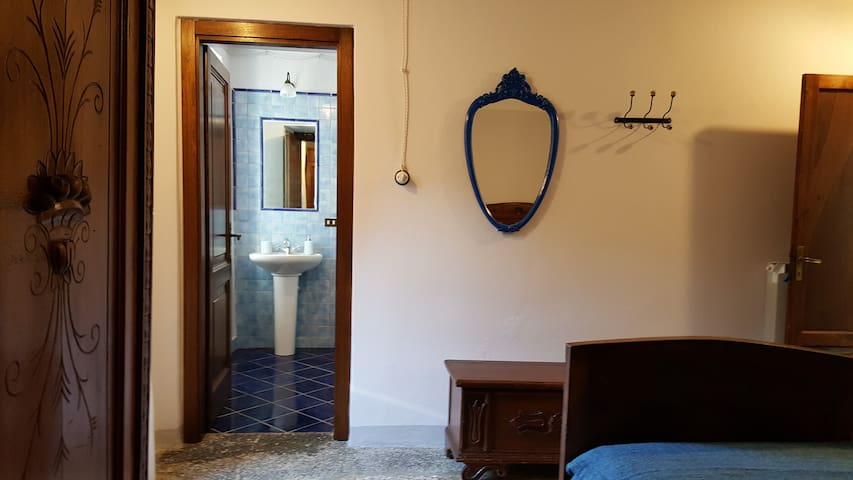 Un'Ottima Annata B&B-Lavandelle - Vaggi, Toscana, IT - Bed & Breakfast