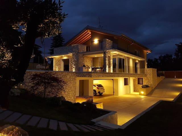 Villa in collina sopra Vicenza-stanza Monte Carega - Monteviale