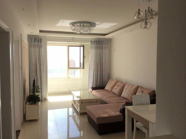 秦皇岛临北戴河精致迷人金屋秦皇半岛两室一厅看海高层公寓 - Qinhuangdao - Appartement