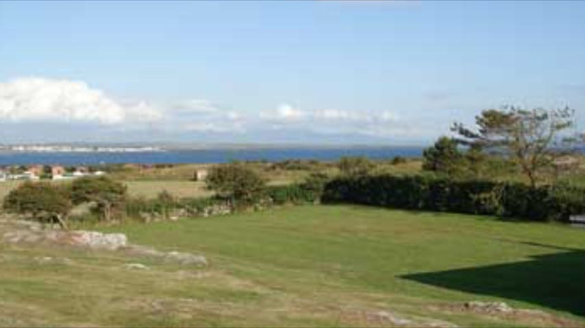 Luxury house with fantastic views - Rhoscolyn