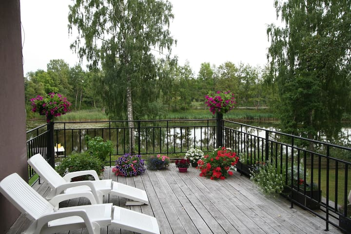 RIVER LODGE homestay & CAR - Ozolnieki - Huis